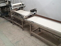 Cutting and conveying machine